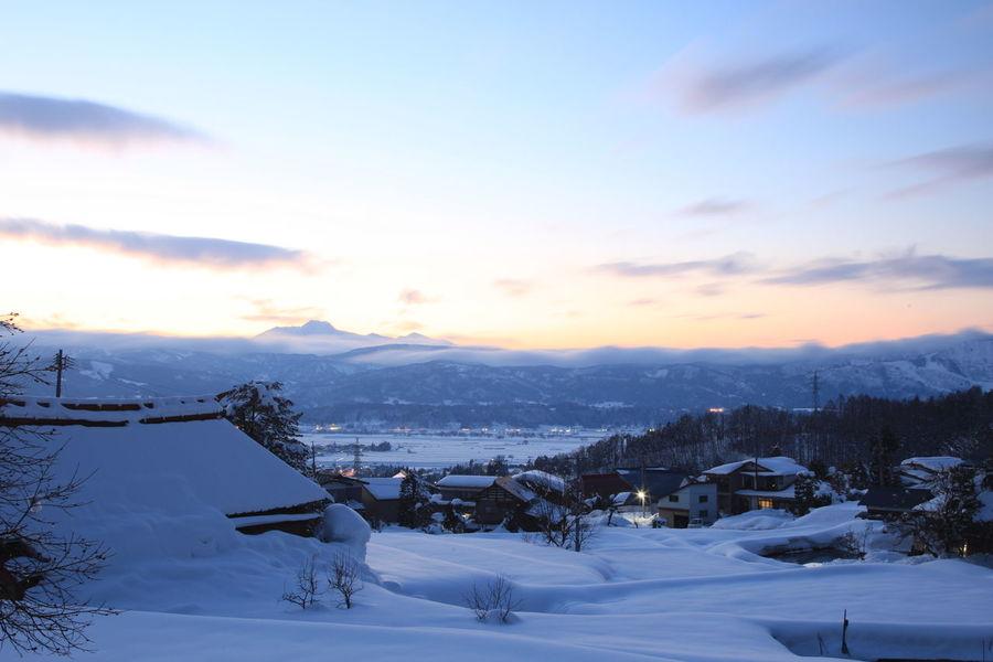 妙高山と雪景色 Landscape Scenics - Nature Snow Winter Cold Temperature Snowcapped Mountain House Mountain Beauty In Nature Nagano Nagano, Japan Japan Photography Season  Winter Photography