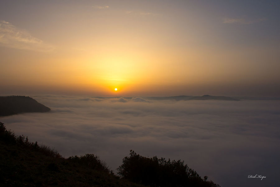 Above The Fog Autumn Calmont EyeEm Nature Lover Nebel Nebelmeer Romantic Beauty In Nature Cloud - Sky Misty Morning Mosel Valley Moselschleife Moseltal Mountain Nature Outdoors Scenics Sea Of Fog Silhouette Sky Sun Sunrise Above The Fog Sunset Tranquil Scene Tranquility