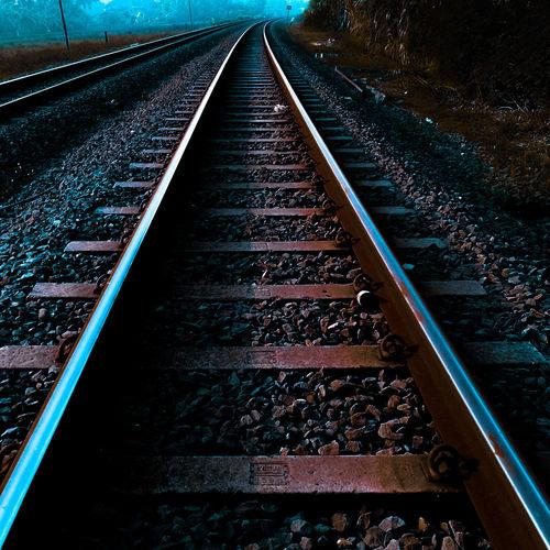 Train Dark Way