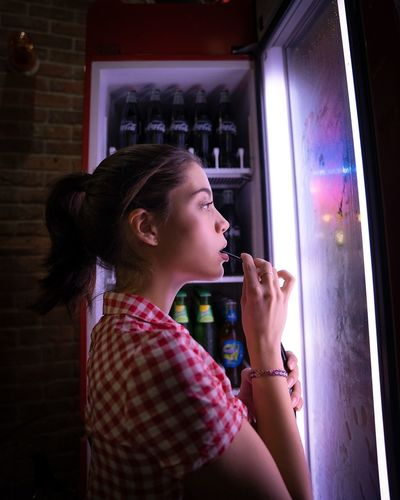 Cocacola One Person Side View Indoors  Real People Lifestyles Leisure Activity Women Food And Drink Young Adult Females Holding Portrait Illuminated Profile View Girls Casual Clothing Food Waist Up Child Beautiful Woman