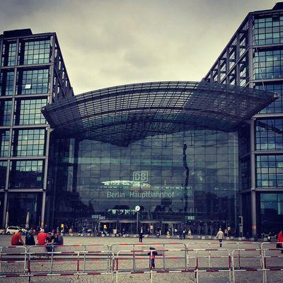 Berlin Hauptbahnhof Stadt City Train Zug Centralstation Railway Hauptstadt Capital