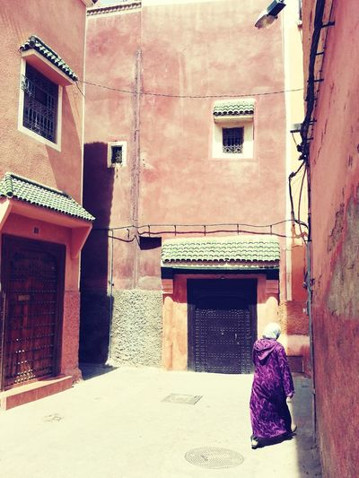 Building Exterior One Person One Woman Only Lifestyles Adults Only Indoors  Architecture Full Length Built Structure Domestic Life Only Women Day People Adult Marrakesh Marroco Maruecos Marrakech Morocco Medina Marrakech