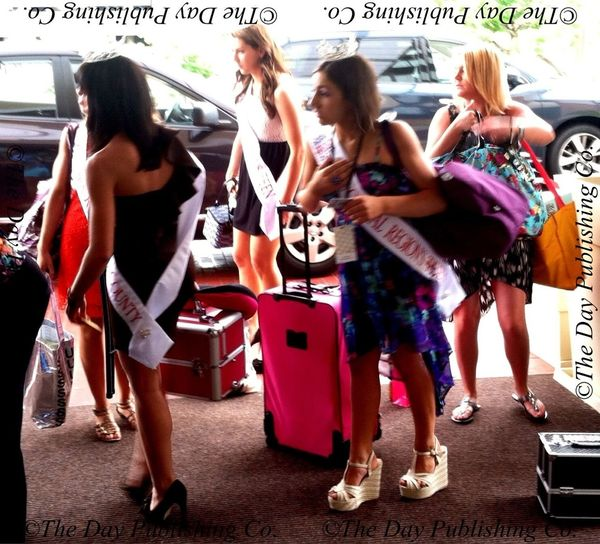 Miss Connecticut pageant contestants arrive.