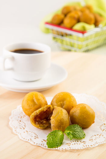 Ubi Bola Breakfast Brown Sugar Camilan Close-up Coffee Eat Food Fried Indonesianfood Kudapan Makan Manis Meal No People Plate Ready-to-eat Served Serving Size Snack Still Life Sweet Ubiquography