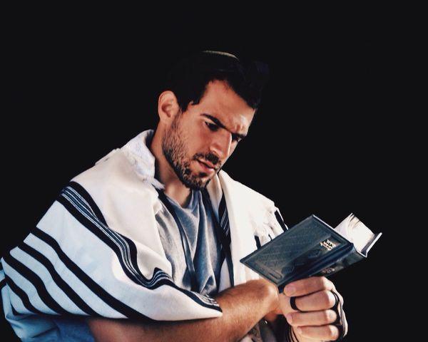 Faith Mytrainmoments Open Edit Praying Portrait Eye4photography  EyeEm Best Edits EyeEm Best Shots Israel Faith The Portraitist - 2015 EyeEm Awards Mydtrainmoments