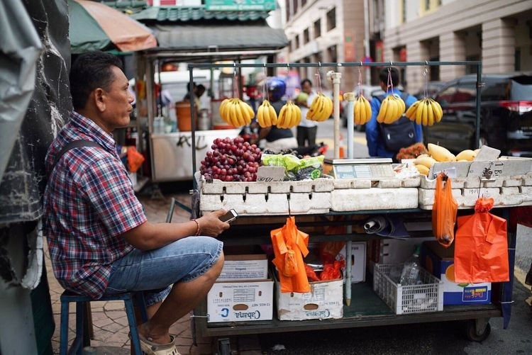 Market Kuala Lumpur Chinatown Fruitparlor Street \tReetphotography EyeEmNewHere Voigtländer Voigtlander Nokton 35mm F1.2 Sonyalpha A7sii The Street Photographer - 2017 EyeEm Awards