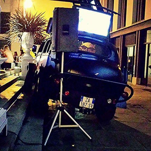 • Non sbaglia un colpo! • RedBull Hotroad ElectroMusic Thered DjSet parcheggiotop