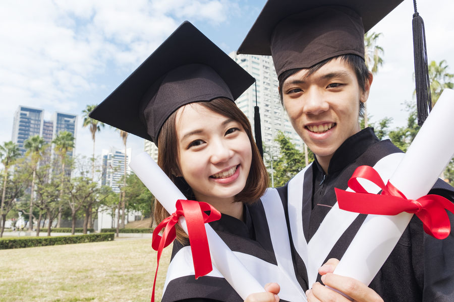 Asian  Graduation Japan Student Unıversıty Achievement Chinese Education Emotion Graduation Graduation Gown Happiness Lifestyles Looking At Camera Mortarboard Outdoors People Portrait Positive Emotion School Smiling Student Success Togetherness Two People University University Student Young Adult Young Women