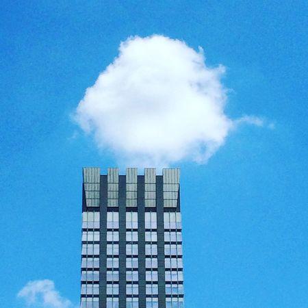 Freedom Cloud Blue Sky Skyscraper NYC New York New York City Status