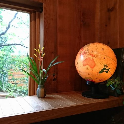 Indoors  Wood - Material No People Table Day Space Close-up globe