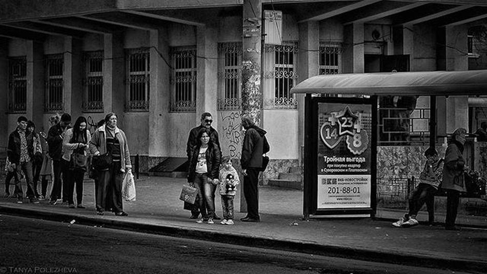 || 🎵 Serj Tarkian - Saving Us🎵 || Streetphotography Nikon D3200 Nikkor35mm Nikonphotography People LINE Busstation Waiting Rostovondon Russia Bw Lightroom Googlenikcollection Silverefexpro