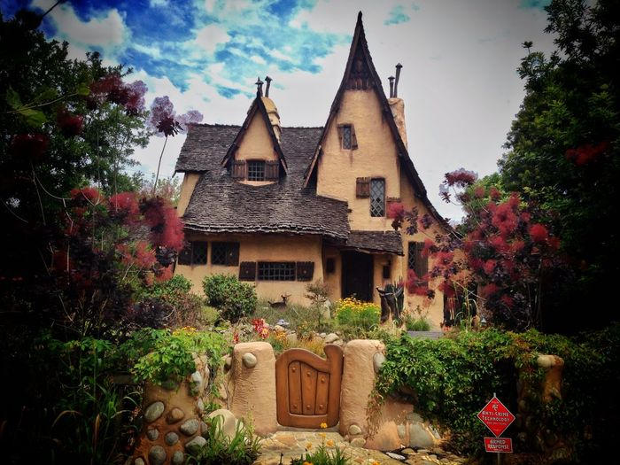 Beverly Hills Witch House