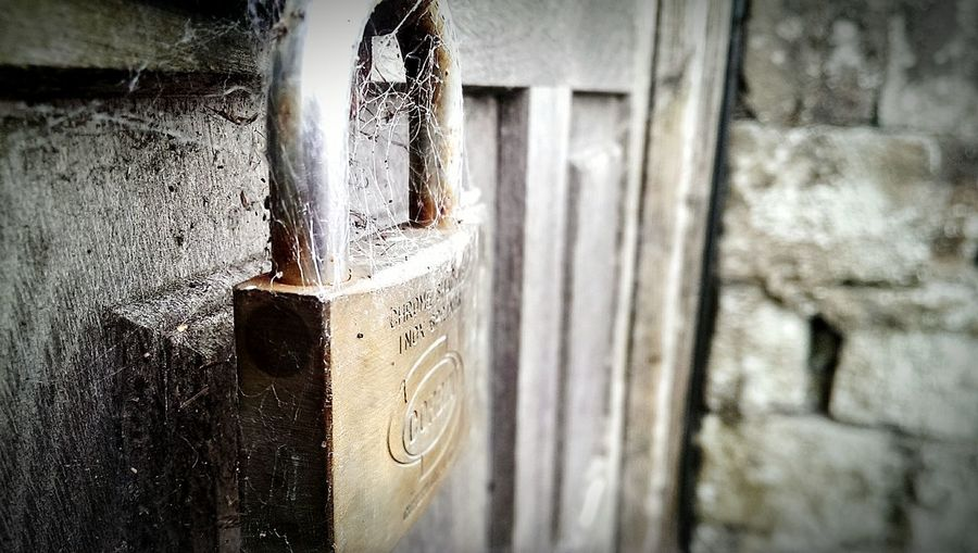 Taking Photos Check This Out Taking Photos United Kingdom HTC_photography PhonePhotography Selling Northenireland EyeEm Northern Ireland Photography Doorlock Spiderweb Close Up