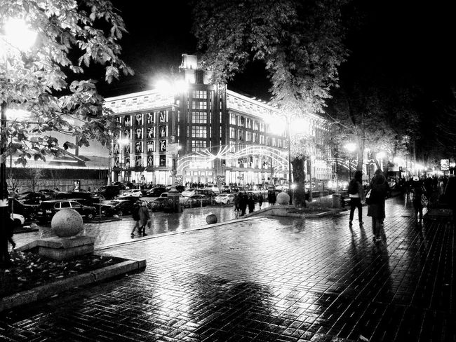 Night Kyiv. Photo was taken by me and automatically edited by Google Photo app. Loved the result. Architecture Kyiv Ukraine Rain Autumn Night City City Life GooglePhoto Black And White Friday