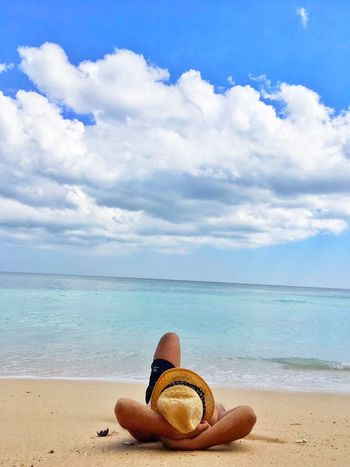 Beach Sand Sea Hat Cloud - Sky Sky Vacations Horizon Over Water Summer Water Sun Hat Blue Day Travel Destinations Outdoors Relaxation Nature Horizon Scenics Beauty In Nature Bali Beach Binginbeach Vacations Sunny Tropical Climate