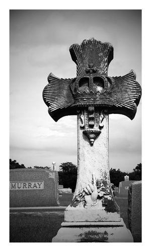 Cemetery excursion Cemeterybeauty Cemetery Cemetery Photography No People Sculpture Statue Close-up Outdoors Tranquility Samsung Galaxy S7 Edge