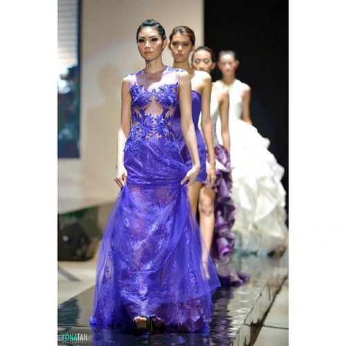 Purple Fashionmomentum Fashiondesert Fashion Fashionmagazine Catwalk Readytowear Models Ig_fashion Likeforlike Pfw Surabaya FashionDesigner ASIA Indonesianphotographer Couture Instamoda Instafashion Nyfw Nikon D600 70200 Style Latepost Beauty design by @jlimmanuel