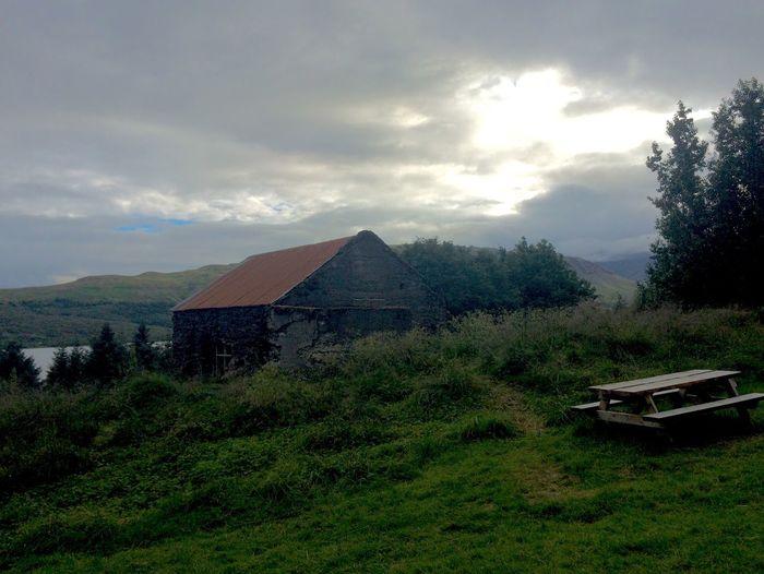 Eyðibýli í Skorradal: Deserted farm in Skorradalur Stálpastaðir Dramatic Sky Deserted House Light And Shadow
