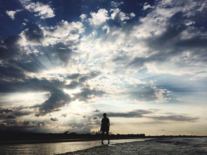 Cloud - Sky Beach Horizon Over Water Beauty In Nature Leisure Activity