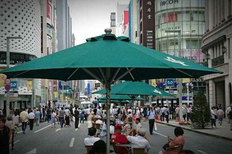 見なかったけど、鳥越俊太郎が演説に来てた(笑)。Sunday Afternoon Streetphotography Japan Photography Walking Around Japan Street Parasol Relaxing Snapshots Of Life Taking Pictures Taking Photos Snap Main Street 歩行者天国 Streetview City Cityscapes