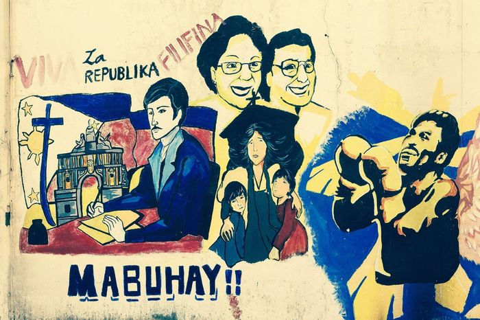 ¡Viva la República de Filipinas! Art Is Everywhere Street Art Street Wall Urban Art Urban Wall Painted Image Visual Art Graffiti Graffiti Art Graffiti Wall Painting Street Photography Streetphoto_color Outdoors No People Eyeem Philippines Place Of Heart