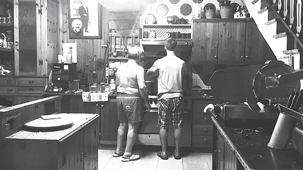 Making jam.. Dad&Son Cooking Stifanibrothers Black And White Friday