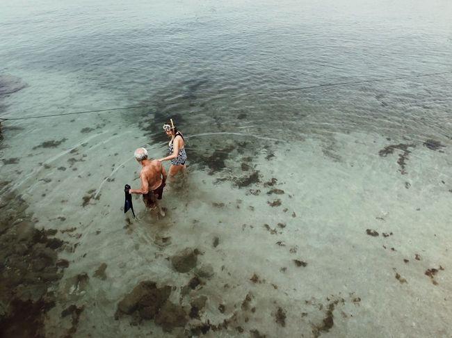 מייים מייאייפון10 ShotOnIphone IPhoneX מייבתגלים Real People Water High Angle View Men Day Nature Summer Exploratorium Focus On The Story