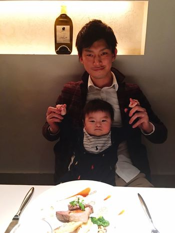 my son also ate french dinner a little 😋👶🏻 he ate champignon's mousse and Tonyu pan, Kiryu pan, Kurumi pan💕 he reallly eats too much 😂 you are asking too much at your age 😂 French TOO MUCH EATING Babyhood Childhood Babyboy Mysweetbaby Father & Son Family Time Family❤ Love ♥