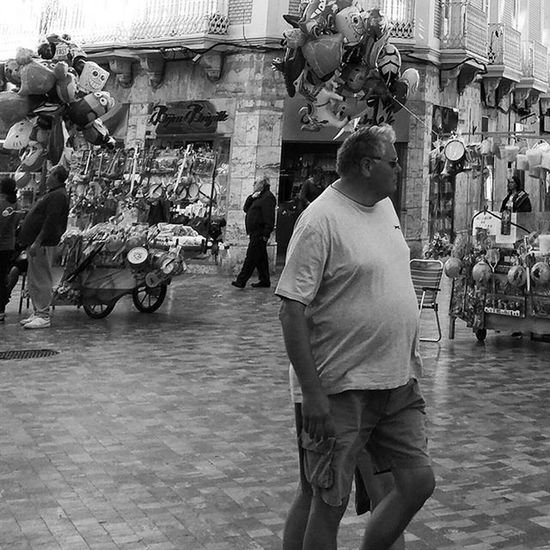 The rare 4 legged man Blackandwhitephotography Blackandwhite Bnw Bnw_maniac Bnwlovers Monochrome Bnw_lover Bnw_lovers Mono Streetphotography Streetphotography Blackandwhite_streetphotography