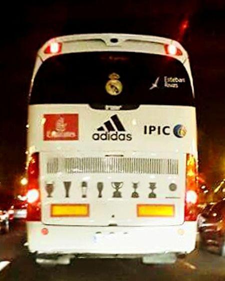 Hala madrid Real Madrid Night Bus Popular Photos EyeEm Best Shots Sport Footbball Soccer Halanadrid ReyesdeEuropa