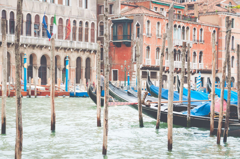 Architecture Building Exterior Canal Cultures Day Gondola - Traditional Boat Gondolier Mode Of Transport Multi Colored Nautical Vessel No People Outdoors Tourism Transportation Travel Destinations Vacations Venice Water