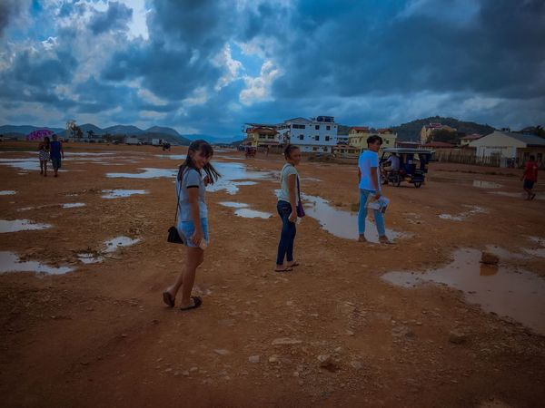 Land Cloud - Sky Beach Sky Real People Group Of People Sand Nature Lifestyles Beauty In Nature Outdoors Day Men Women
