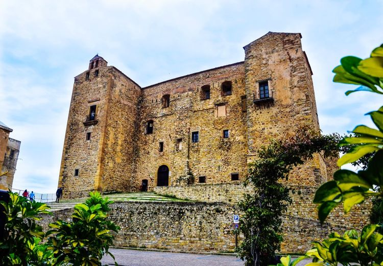 #sicily Castelbuono Tree Castle History Ancient Palace Sky Architecture Building Exterior Built Structure Civilization Ancient Civilization Medieval Old Ruin Fort Fortified Wall Ancient History The Past Autumn Mood