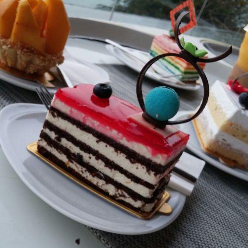 Capedara Food Porn Awards Enjoying Life Cake