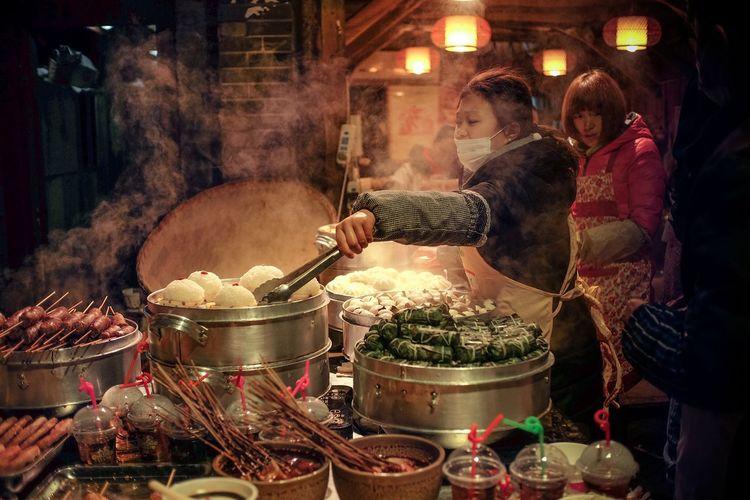 成都 Chengdu Food Streetphotography Street Photography HUMANITY Life Women Around The World