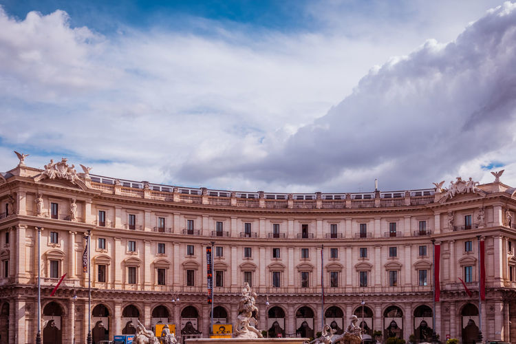 Architecture Building Exterior Cloud - Sky Built Structure Sky Travel Destinations City Day Nature Group Of People Women Arch Travel History Building The Past Tourism Outdoors Crowd