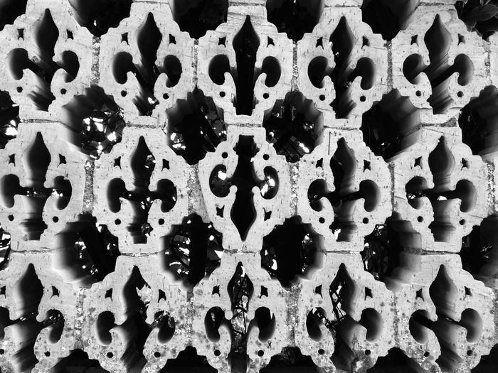 Pattern Decoration Find The Difference Tuscany Close-up