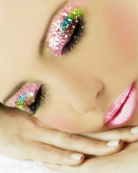 Pinkmakeup pink Pinkeyes Pinklips Pinkeyesandlips Makeup Eyemakeup Eyes Lips Lipstick Lipcolor