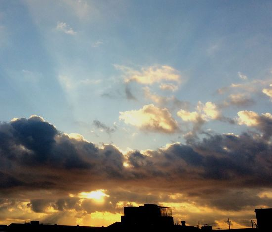 EyeEm Clouds And Sky Skyscape Eyeemphotography Morning Sun Enjoying Life EnjoyHoliday Japan Photography Cityscape EyeEm Nature Lover Tokyo,Japan