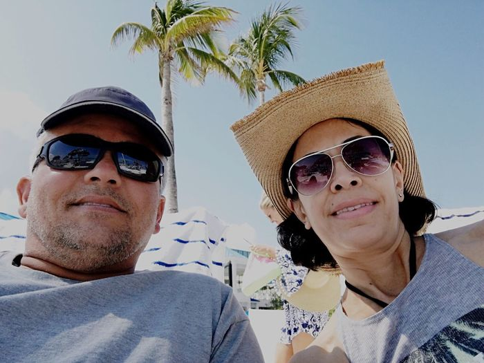 Relaxing getaway Vacations Travel Melia Resort Nassau, Bahamas EyeEm Selects Vacation Sunglasses Real People Couple Happy Beach Connected By Travel