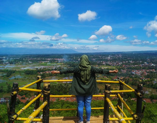 I'm freedom Eye4photography  Eyeemphotography Travel Traveling Hill View Sky Summer Sky And Clouds EyeEm Nature Lover EyeEm Best Shots Amature Amaturephotography Lansdcape_collection Landscape INDONESIA Grils Frend Love EyeEm Cityscape City Human Back Back Childhood Full Length Child Rear View Women Sky My Best Travel Photo EyeEmNewHere A New Beginning