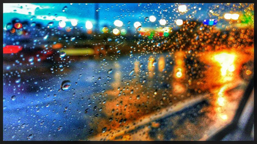 หวังว่าวันนี้คงไม่ตกมากนะ Bangkok On The Road Android Rain Drops