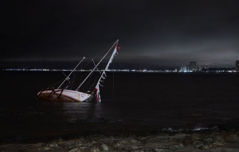 #Aground Ship #Night Nightphotography Oceannights Night Lights Uruguay