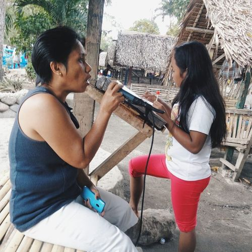 Singing like no one is around. 😅👌 VSCO Vscophilippines Sonydscw830 Singing Aunt  Vscohb2