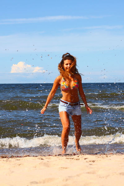 Relaxing Time Summertime Life Is A Beach That's Me Nicetime Beachphotography Morze Bałtyckie Ilovebeach Happy People Girl