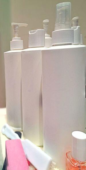 In The Bathroom Bathroom Salon Essentials Cream Moisturizer access Accessory Dispenser Bottle