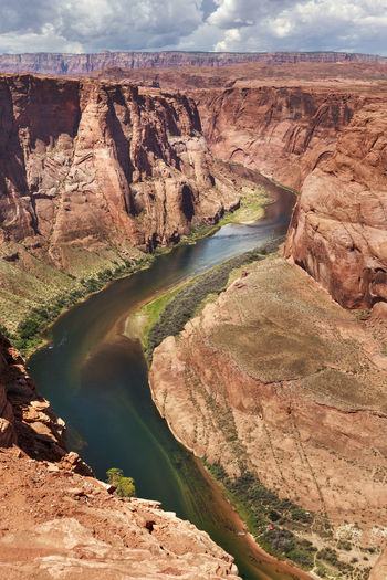 HIGH ANGLE VIEW OF Colorado River
