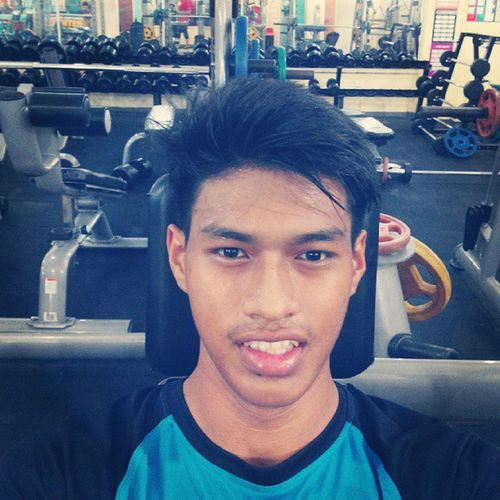 First day went very well. Hope this actvty last long. And also preparation for half-marathon just round the corner. Stayhealthy Firstday Selfiegym Al_FalahGym