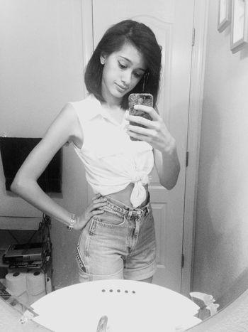 Chula Princess Hi Bonita Selfie Self Confidence