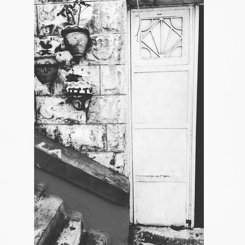 Black and White ◻◼,, Creative Minds 🎨 Walking Around Amman Downtown Jordan عمان الاردن وسط البلد